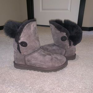 Brown UGG boots with button - excellent condition!